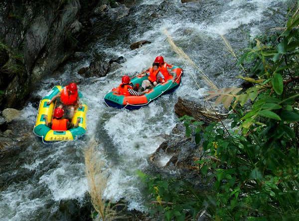 蟒洞峡谷漂流门票,蟒洞峡谷漂流价格,蟒洞漂流套票,漂流优惠活动