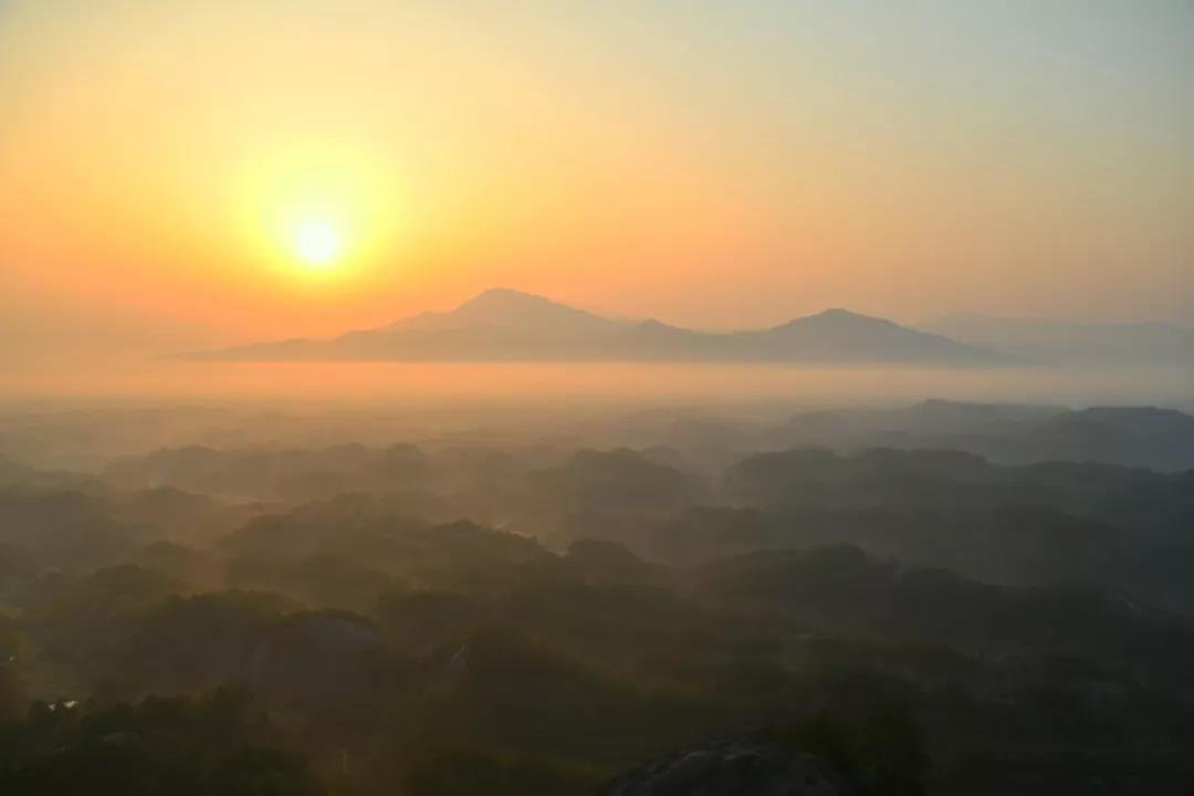 岳阳周边哪里好玩?带你欣赏岳阳石牛寨24小时的风景