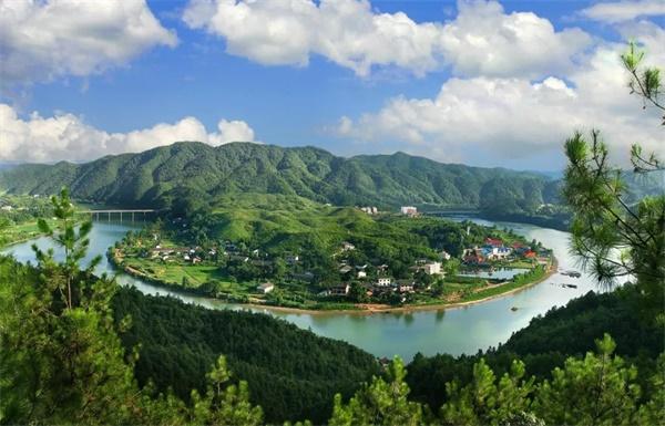 给力!平江入选2019中国县域旅游竞争力百强县!石牛寨上榜!