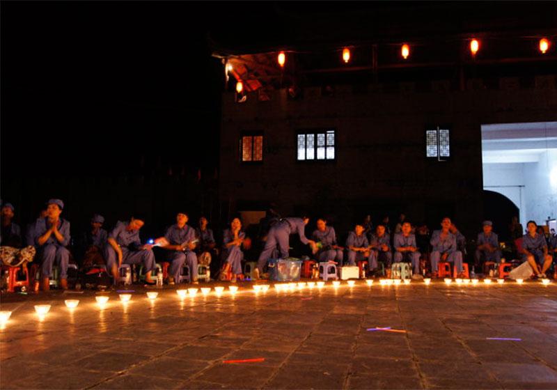 激情岁月篝火晚会,重温红色拓展革命友谊