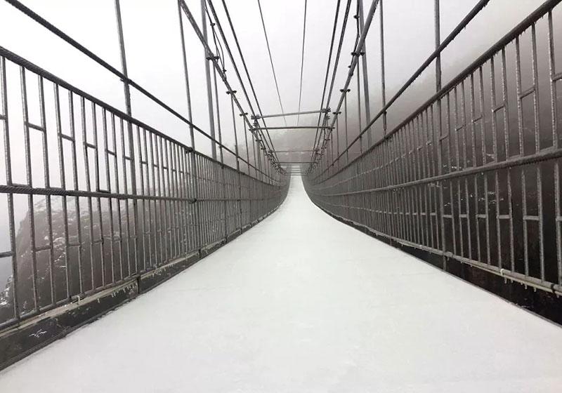 雪景中的玻璃桥,石牛寨景区这几处美景美到惊艳!