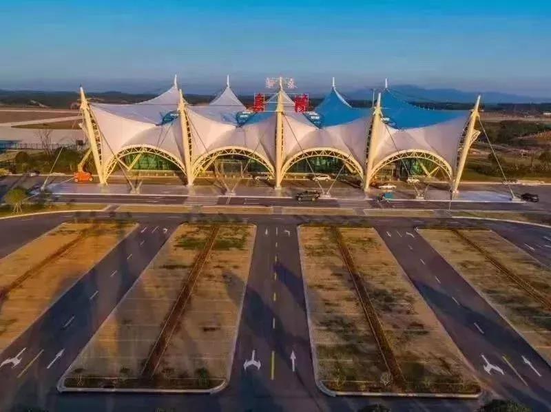 岳阳三荷机场,明年三月可俯瞰百万亩油菜花