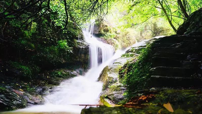 岳阳哪里有好玩的两日游行程,石牛寨加纯溪小镇两日游攻略行程!