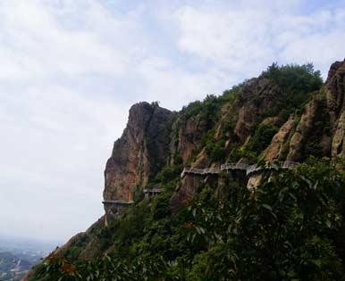 石牛寨崖壁栈道